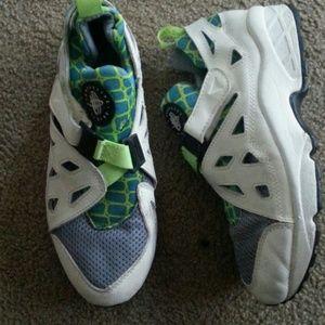 Vintage Nike Huarache