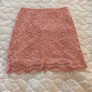 Forever 21 - small, pink lace/crochet skirt