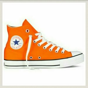 Converse offers the complete sneaker, clothing, gear & collaborations. Find Chuck Taylor All Stars, CONS, & Jack Purcells. Shop Converse shoes today.