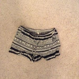 No Boundaries Patterned shorts