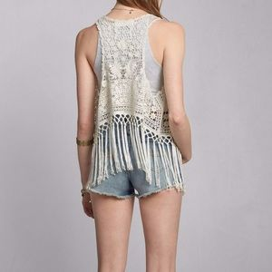 Abercrombie & Fitch Tops - Abercrombie&Fitch Dianne Lace Vest white