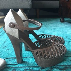 Bottega Veneta Platform Peep Toe Sandals 37