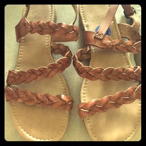 Sotto Sopra Shoes - Sandals