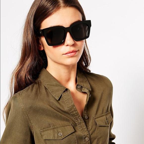 1d4fa88f34 Quay matte black midnight runner sunglasses NWT