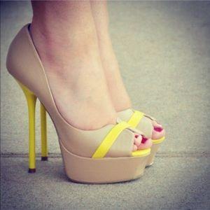 """Shoe Dazzle Shoes - ShoeDazzle """"Privy"""" pumps"""