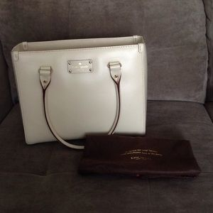 Kate Spade Wellesley Quinn in Cream