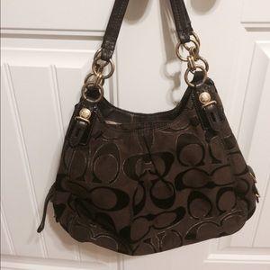 35d2209e9f6a Coach Bags - Authentic coach purse- used