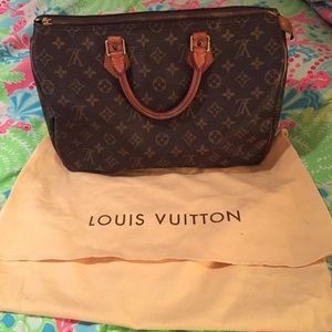 Louis Vuitton speedy 35 - Authentic