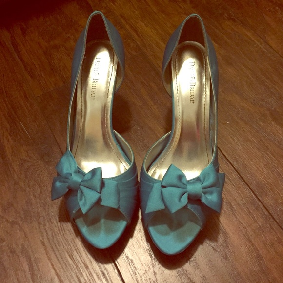 David\'s Bridal Shoes | Malibu Blue Size 11 Bow Heels Davids Bridal ...