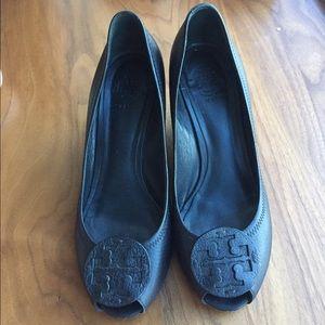 Tory Burch Shoes - 🚨Black Tory Burch Wedges