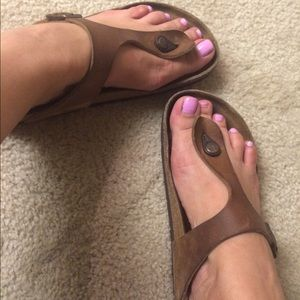 1e265c9940f Birkenstock Shoes - Birkenstock Gizeh Oiled Leather Sandal 38