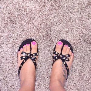 Super cute jelly sandals !