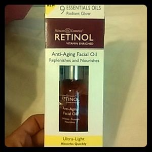 Accessories - Skincare cosmetics retinol vitamen enriched