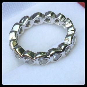 Jewelry - Price Firm💗Heart Eternity Band Ring