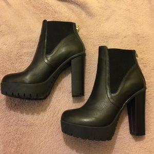 Steve Madden booties *brand new*