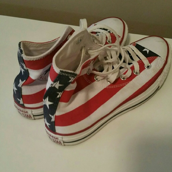 33 off converse shoes chuck taylor stars and stripes. Black Bedroom Furniture Sets. Home Design Ideas
