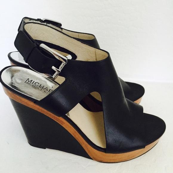 30b32acff39c Michael KORS Josephine Wedge Sandal Platform black.  M 55e4f2842ba50aa6a0015eac