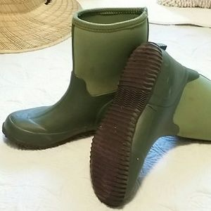 Smith And Hawkins Shoes Green Rain Boots Poshmark