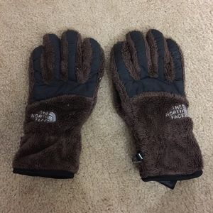 THE NORTH FACE brown fuzzy gloves size medium