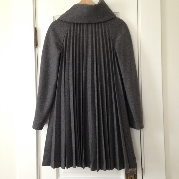 H&M - Beautiful Grey Pleated Winter Coat from Emily's