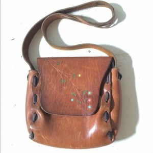 Vintage BoHo leather crossbody bag  70's