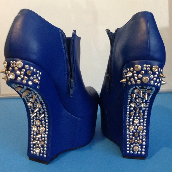 50% off Shoes - Blue studded heels with no heel from Monique's ...