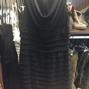 Dresses & Skirts - Black classic dress