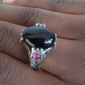 Jewelry - Superior Black Onyx Ring.