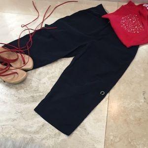 Cropped black pants