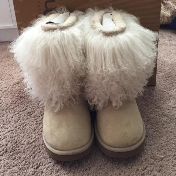 UGG Shoes | White Fluffy Sheepskin Uggs