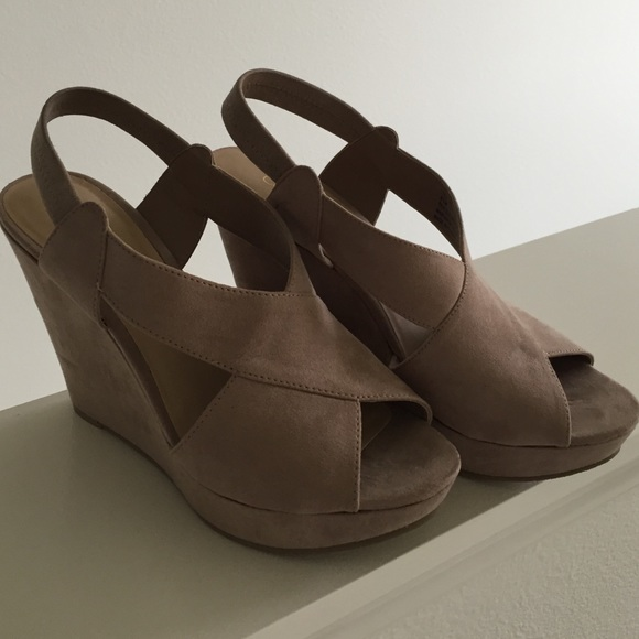 75 cathy jean shoes cathy jean wedge shoes from