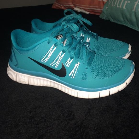 Nike women's tennis shoes, aqua blue!