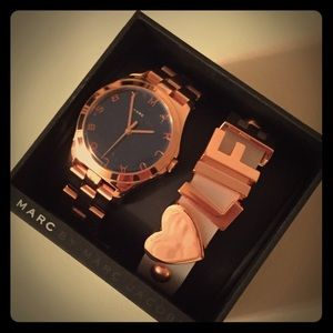 BNWT Marc Jacobs Rose Gold Watch