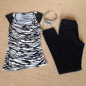 A. Byer Tops - A. Burt Zebra strip Top M