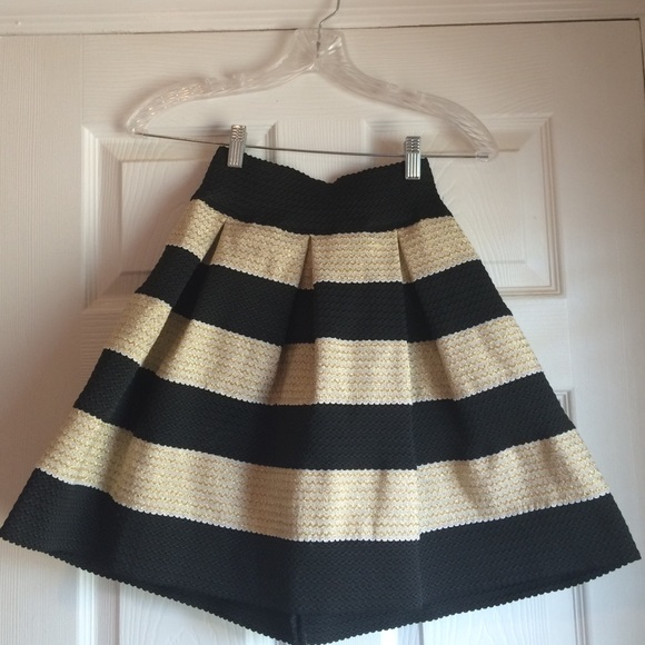 57% off Xhilaration Dresses & Skirts - Pleated black and gold ...