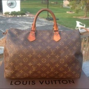 100% Authentic Louis Vuitton Monogram Speedy 35