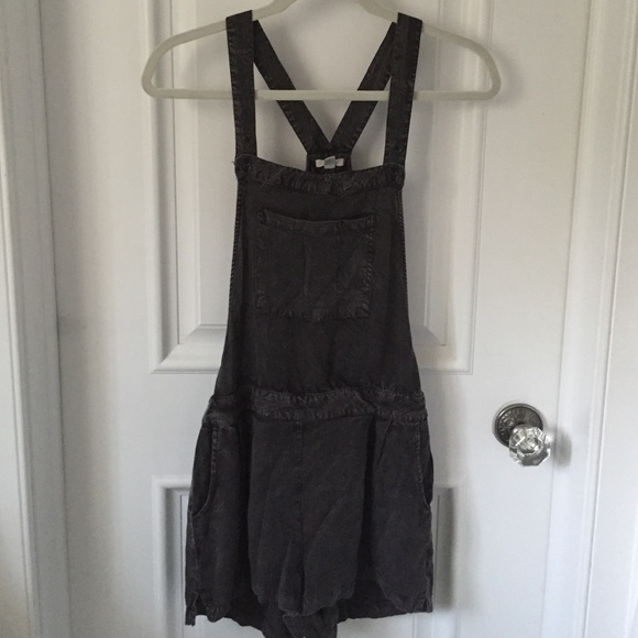c44aa71722b7 Ecote Dresses   Skirts - Urban Outfitters Grey Overall Romper