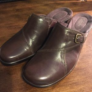 Clarks Shoes - Brown Clarks