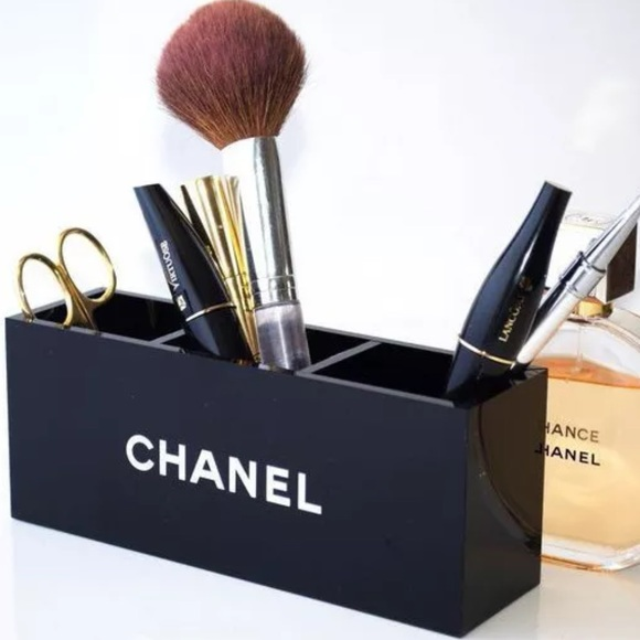 63059488be CHANEL VIP Makeup Brush Organizer Container NWT