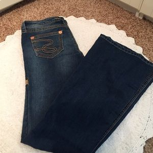 Seven7 Denim - Worn once Seven7 Flare Jeans