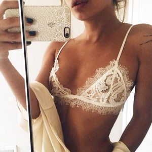 White Triangle eyelash lace bralette