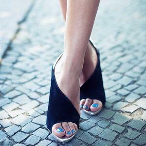 Zara Shoes - 💞PM ED SHARE & HPx15💞 ZARA laminated heel sandal