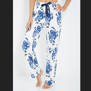 Forever 21 Other - New Forever 21 Blue Floral Flannel Pajama Pants S
