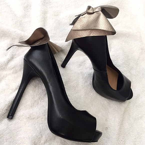 6c026c1b5df ALDO Shoes - Cute high heel peep toe bow back black heels