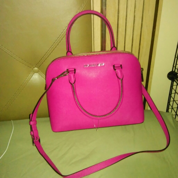 f8d2170968be raspberry michael kors purse sale > OFF60% Discounted