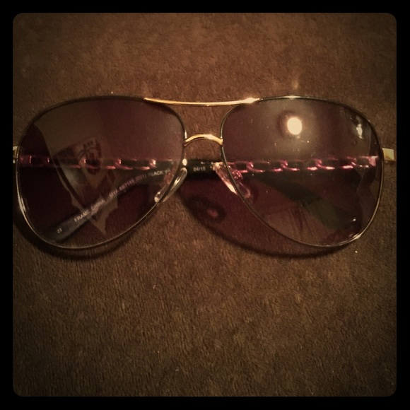 b06474c5c86 bebe Accessories - Bebe Aviator Style Sunglasses