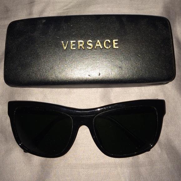 4cb49e6e723 Versace Wayfarer Sunglasses. M 55e7e9223c6f9f448200392d