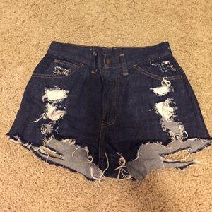 Vintage high waisted denim Levi's shorts