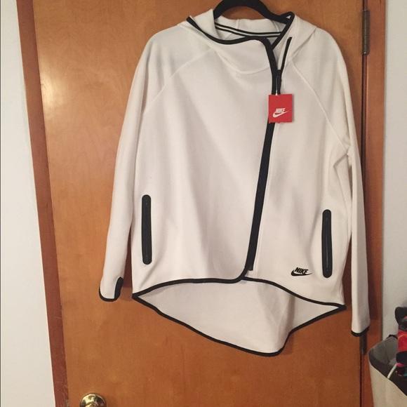 b8281608715a Nike Jackets   Coats