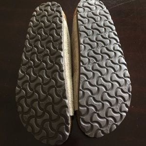 cfa1ba8f98db Birkenstock Shoes - Birkenstock Arizona taupe suede SFB Sz 38 N